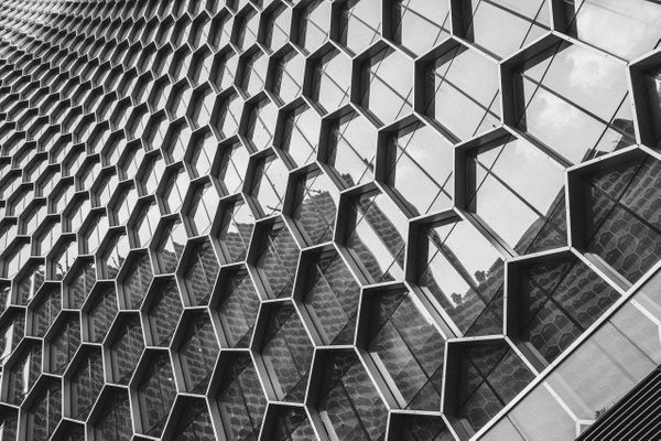 Implementing a hexagonal architecture